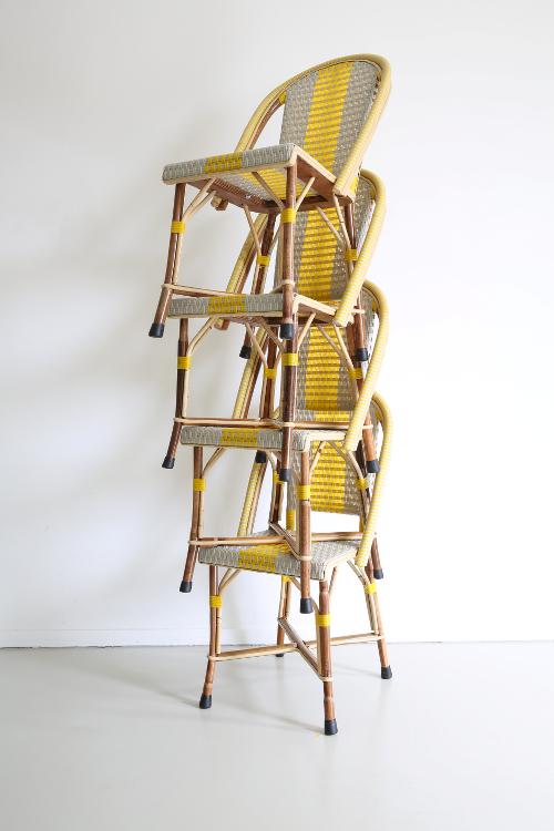 stapelbare rotan terras stoelen