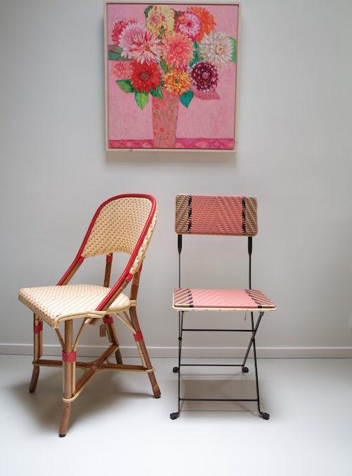 Kunnen de stoelen buiten blijven staan?